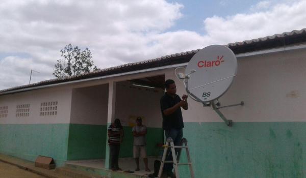 Internet chega as escolas da Zona Rural de Boa Vista do Tupim