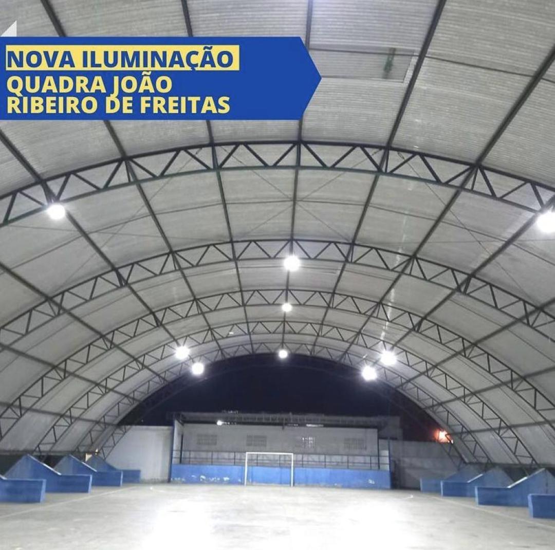 Nova Iluminação Quadra João Ribeiro de Freitas