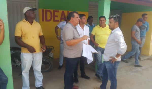 Prefeito entrega ordem de serviço para construção da Praça do Coqueiro, no Assentamento Beira Rio