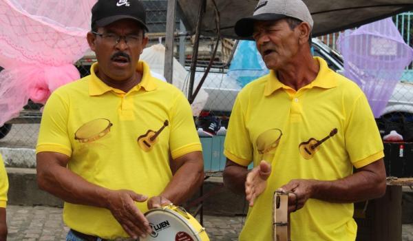 Samba de Roda na Feira Livre de Boa Vista do Tupim